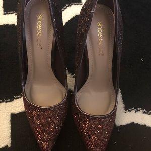 Shoe dazzle heels, size 7